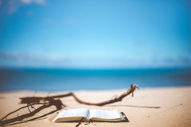 bible_sand